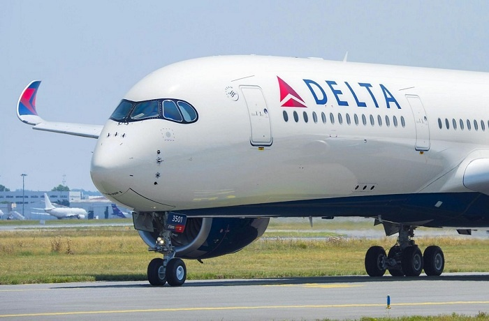 Delta Air Lines returns to profit in second quarter